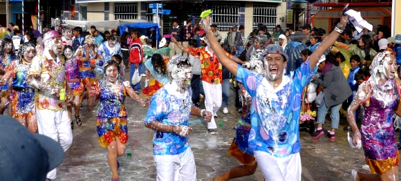 carnaval uyuni parade